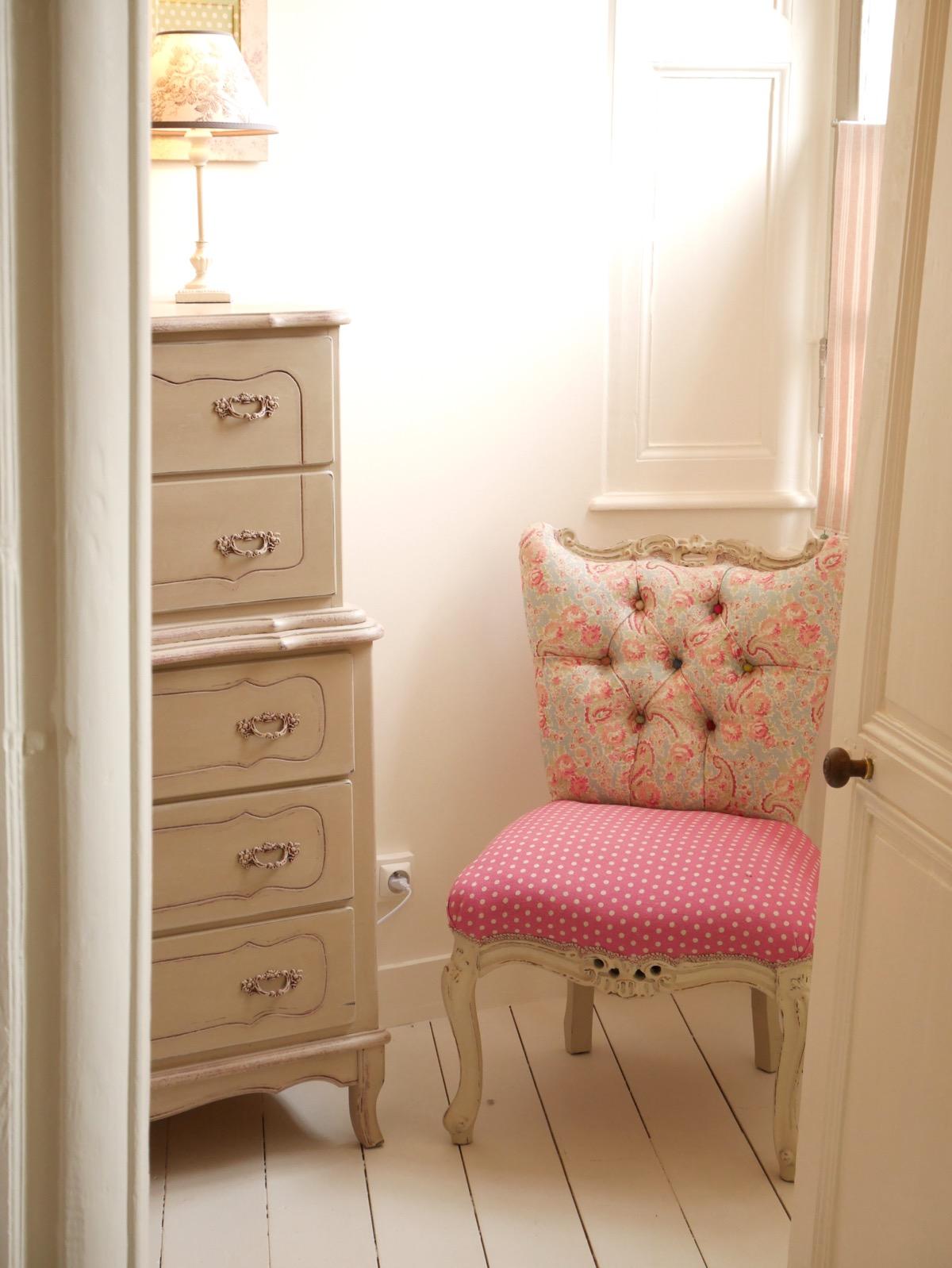 the french room l 39 arbre d 39 ange. Black Bedroom Furniture Sets. Home Design Ideas